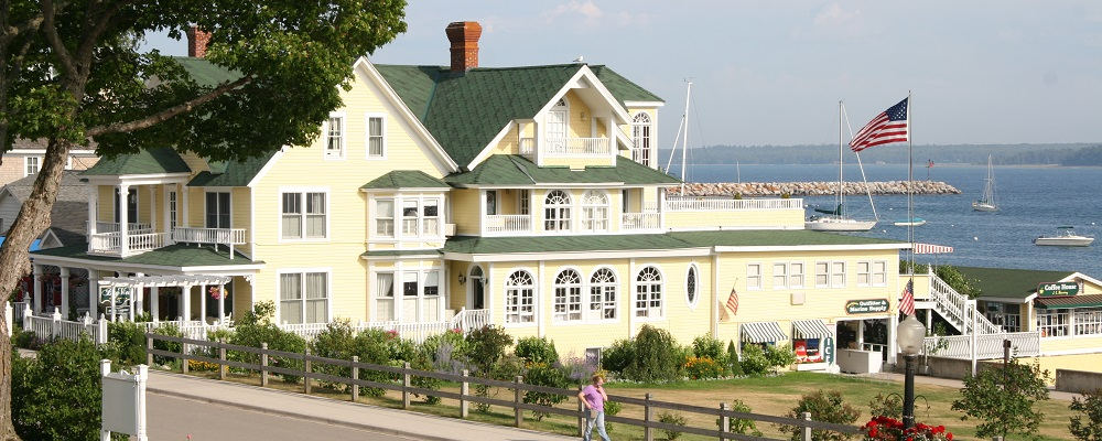 Superb Bay View Bed And Breakfast, Historic Lodging Mackinac Island Michigan