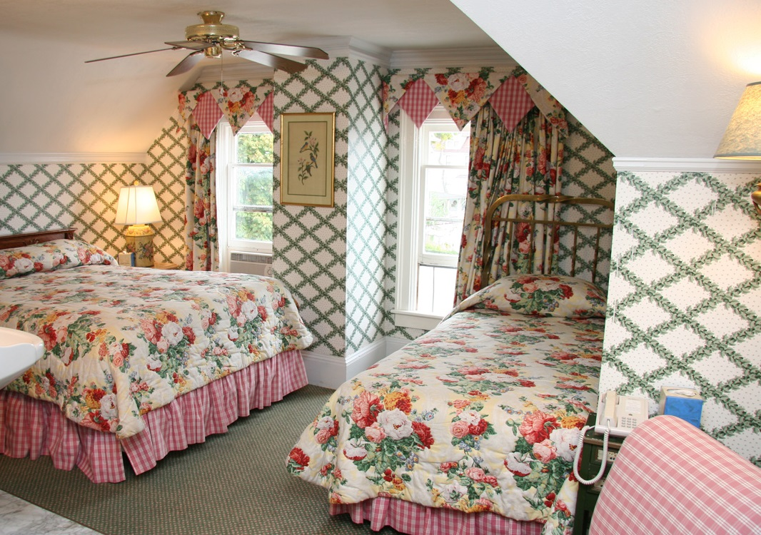 Bay View Bed And Breakfast Historic Lodging Mackinac Island Michigan